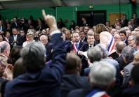 Nouvel acte de décentralisation : Emmanuel Macron entretient le flou