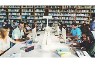 bibliotheque-etudiants-Rawpixel-AdobeStock-UNE