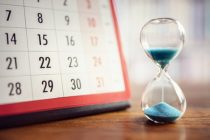 Calendrier sablier retard temps
