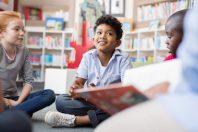 enfant livre école