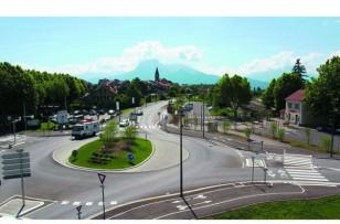 Un boulevard urbain qui donne un nouveau visage à l'entrée de la ville