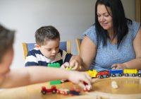 Enfant handicapé et accompagnant