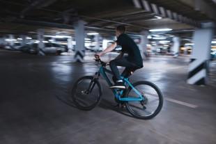 Parking_voitures_vélo