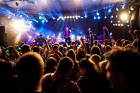 fesival-musique-luckybusinness-AdobeStock_208487214-UNE