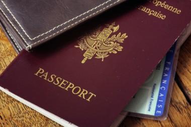 carte-identit-passeport-papier-CNI-etat-civil