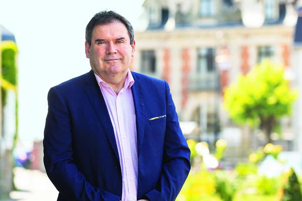 marques reconnues Acheter Authentic prix compétitif Avec Christian Troadec, « Bonnets rouges » et Vieilles ...