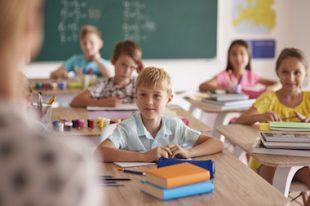 école enfant loi blanquer