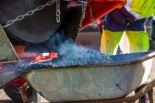 Photo 2 - 54,5 tonnes d'enrobés 100 % recyclés ont été produits en 2018 par la subdivision de Bourbourg © Cédric ARNOULT Département du Nord