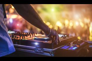musique-DisobeyArt-AdobeStock