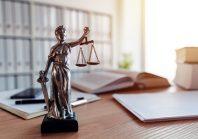 Selon le juge, la sœur du maire ne peut pas devenir le DGS de sa commune