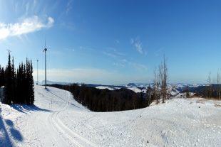 éolienne montagne piste ski de fond