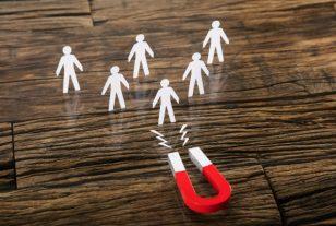L'emploi public vient-il au secours des territoires en crise ?