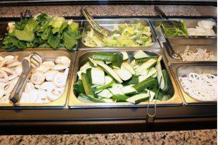 Dans les cantines, l'option d'un repas végétarien par jour fait son chemin