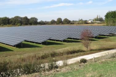 Les panneaux photovoltaïques de la centrale de Pindray sont locaux.