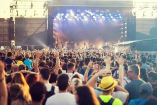 festival - 2207918 - adobestock 600X400
