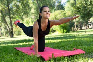 Yoga à l'extérieur
