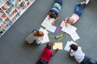 bibliotheque-animation-enfants-Rido-AdobeStock