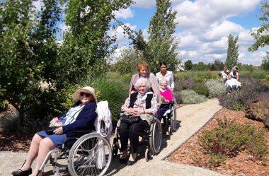 Photo 1 – Le jardin sensoriel belles pratiques et bons usages en matière d'accessibilité © Mairie Haussimont