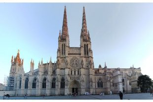 Cathédrale Saint-André à Bordeaux, chabe01, CC BY SA 4.0 via Wikimedia