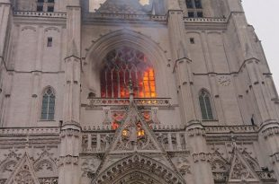 Cathedrale-Nantes-incendie-twitter