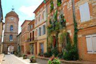 Auvillar-TarnetGaronne-patrimoine-vouvraysan-AdobeStock