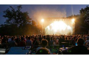 culture-concert-festival-rassemblement-FreeProd-AdobeStock_120618741-UNE