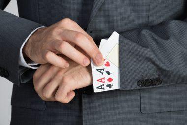 Trop de cartes dans la manche!
