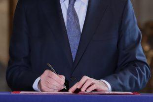 signature castex
