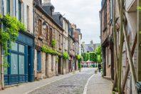 ville-bourges-Ilolab-AdobeStock 600x400