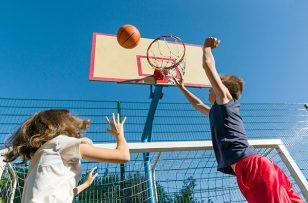 Paris 2024 : l'Etat va financer 5000 terrains de sport de proximité