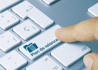 Plan de relance - Inscription sur la touche du clavier bleu.
