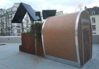 Des toilettes autonomes et high-tech fabriquent de l'engrais