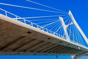 Tablier de pont à haubans, Beaucaire-Tarascon