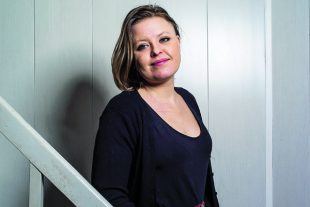 Clara Deville chercheure en sociologie.
