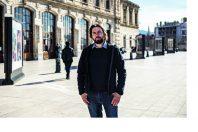 Jean-Laurent CASSELY, journaliste et essayiste, photographiŽ ici ˆ Marseille.
