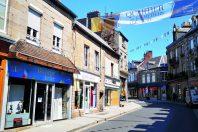 Les boutiques du quartier des métiers d'art sont louées par des artisans qui testent leur activité pendant trois ans.