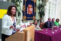 Séville, en 2014. Carmen Crespo, déléguée du gouvernement en Andalousie, intervient après la signature de la convention « Viogén ». Les cas de 64 000 femmes et enfants sont documentés dans le système comme « actifs », à ce jour.