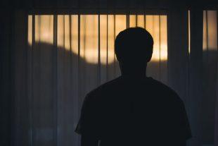 Homme seul - Réflexion