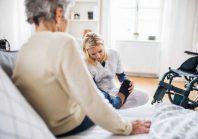Aide à domicile : des métiers à risques psychosociaux