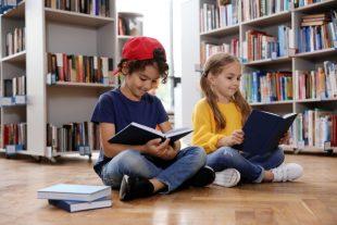 bibliotheque-jeunesse-New Africa-AdobeStock_296253783