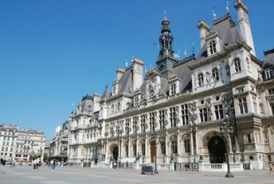 La nouvelle politique d'acquisition au service du logement social parisien devant le juge