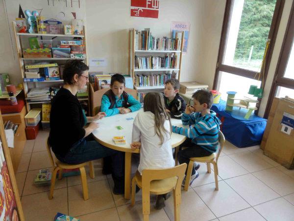 Bibliothèque de Valuéjols (Cantal), Vincent Séguret, CC BY NC ND 3.0