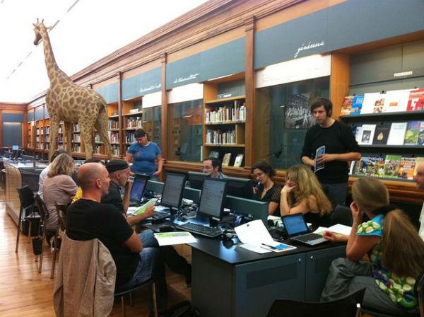 Séance de travail de wikipediens au Muséum de Toulouse, CC BY-ND 2.0