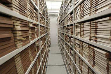 Etat civil : les archivistes ne lâchent pas prise