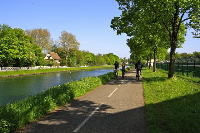 Strasbourg et la communauté urbaine de Strasbourg reste la collectivité la plus en avance.
