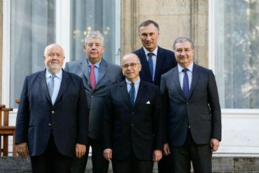 Insécurité : les élus des grandes villes interpellent Bernard Cazeneuve