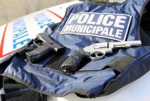 Combien de policiers municipaux sont-ils armés en France en 2015 ?