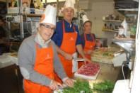 """Bernard Perry, président de la Banque alimentaire de l'Isère et Pierre Pavy, restaurateur grenoblois,  deux des instigateurs du projet """"3 étoiles solidaires""""."""