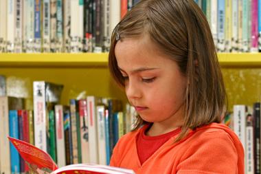 Droits d'auteur et lectures publiques : les bibliothécaires invoquent les droits culturels