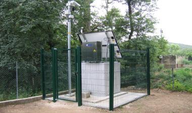 Surveillance du Gapeau (Hyères), grâce à une caméra auto-alimentée.